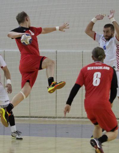 Handball Felix W. Nummer 10